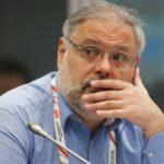 Хазин назвал всех, кто пытается сместить Путина